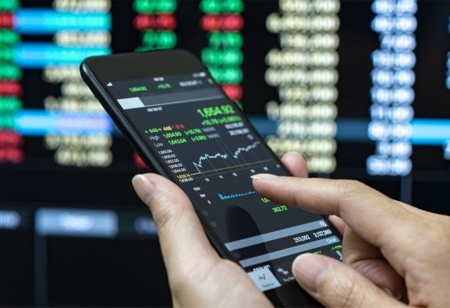 Tips to Stay Safe When Online Trading